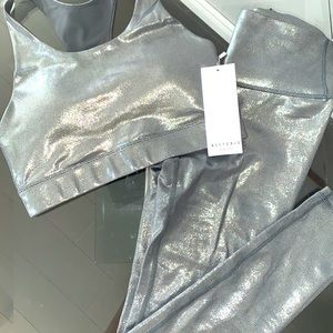 All Fenix Liquid Charcoal Grey Metallic Yoga Set